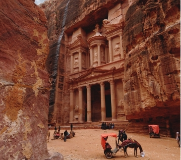photo-1579208679245-1636894560fe_unsplash_petra